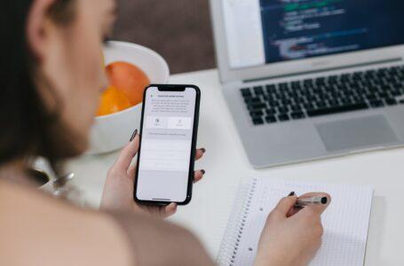 Vælg det rette mobilabonnement til dine ansatte